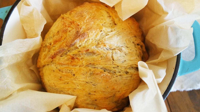 No Knead Garlic Bread